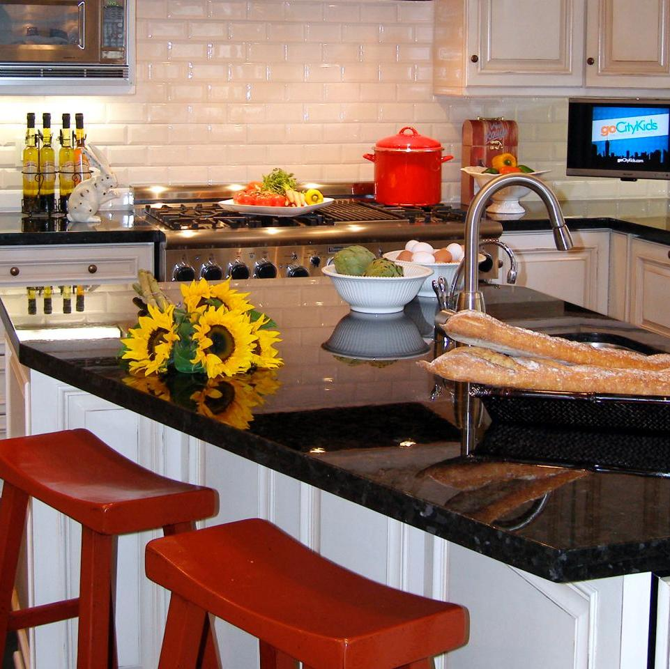 ^ 55 Great Ideas for Kitchen Islands - he Popular Home